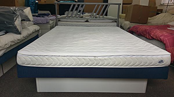 Akva Delta Waterbed